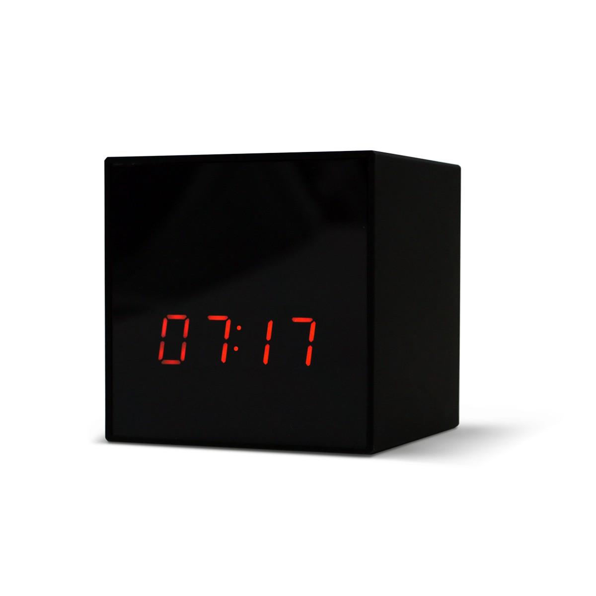 Titathink wireless clock IP camera